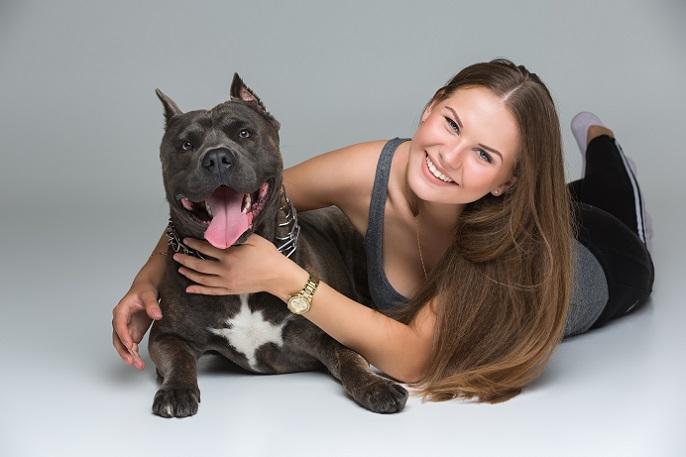 Die Freundschaft nach außen tragen: Eine tolle Geschenkidee für Familienmitglieder ist ein Foto mit Hund. (#18)
