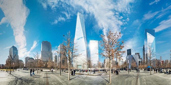 . In das Museum selbst kommt man mit Hund leider nicht, aber außerhalb am Ground Zero gibt es genug zu sehen.(#06)