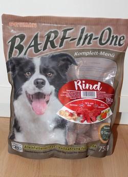 BARF-In-One Komplettmenü Rind Beutel ( Foto: Vivian Hinz )