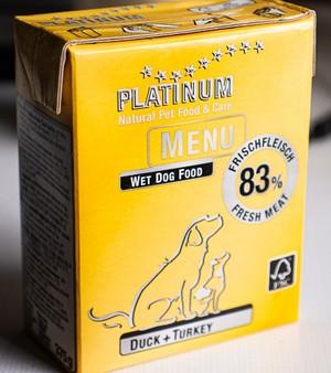 Hier ist es, das neue 'Platinum Menu Duck + Turkey' (Foto: Erik Pfeiffer)